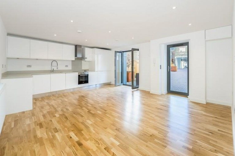 Click the photo for more details of Hawthorn Road, Willesden Green