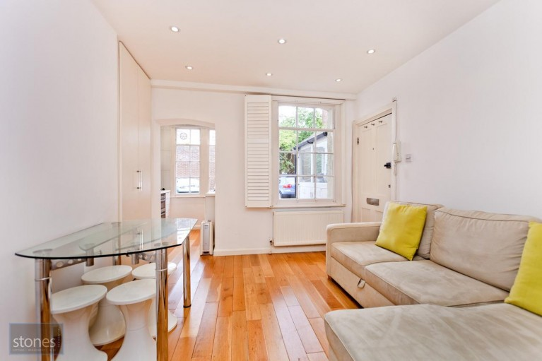 Click the photo for more details of Prince Arthur Mews, Hampstead