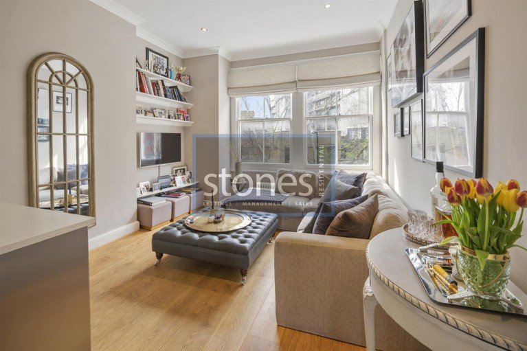 Click the photo for more details of Fleet Road,
