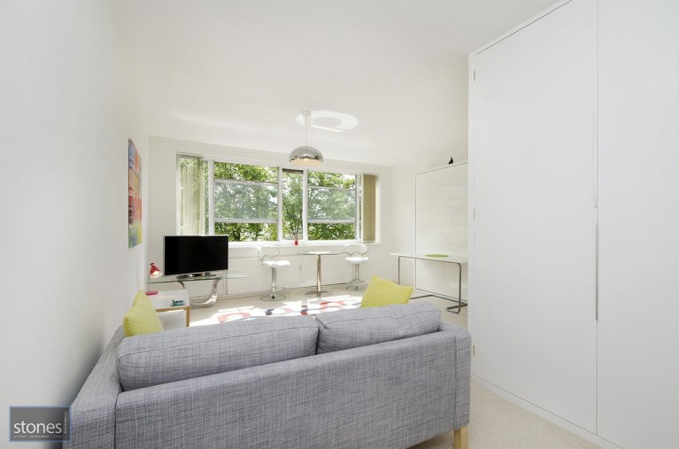 Click the photo for more details of Belsize Grove,