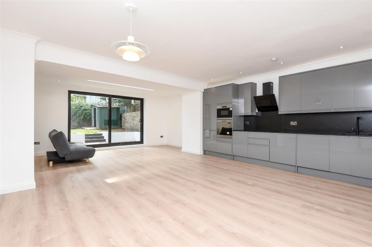 Click the photo for more details of Primrose Gardens, Belsize Park
