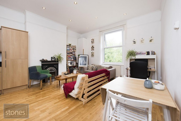 Click the photo for more details of Cavendish Road, Kilburn