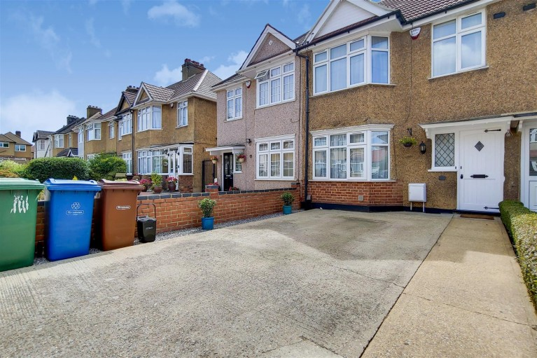 Click the photo for more details of Brinsley Road,