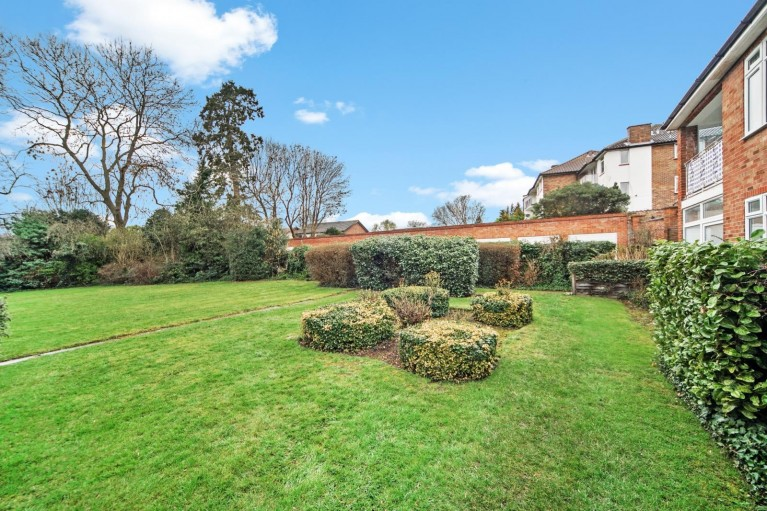 Click the photo for more details of Stanmore Hill,